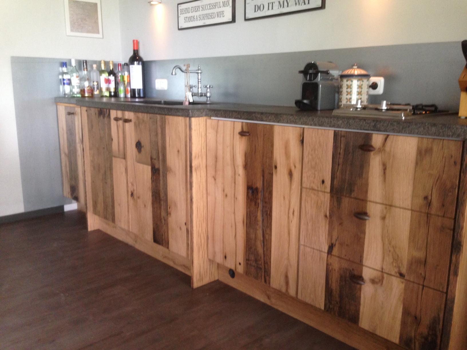 Mooie houten keukens landelijk en modern van feij - Beeld van eigentijdse keuken ...